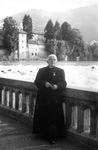 Father Joseph Aneuse in Lourdes, cured, 1964